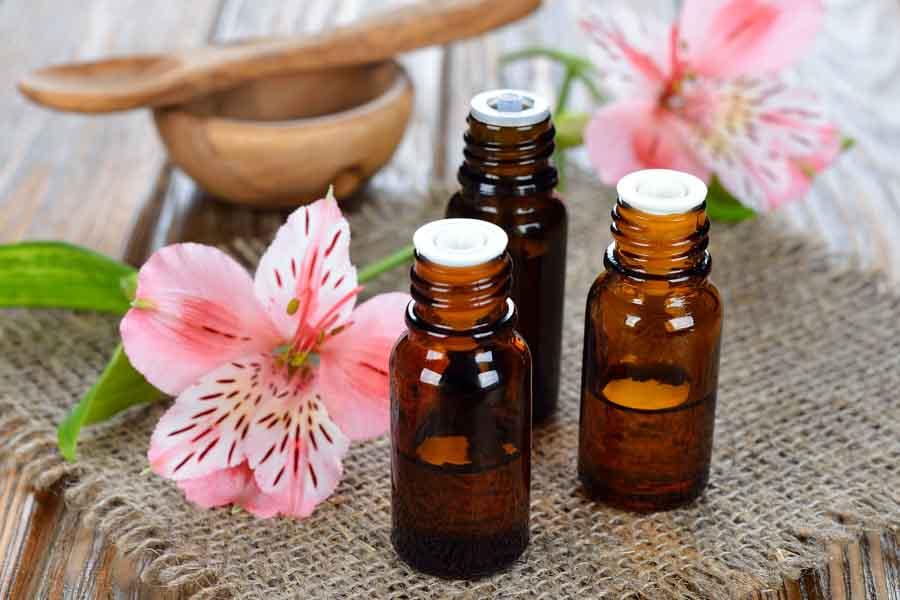 anti-cellulite-essential-oils-for-women